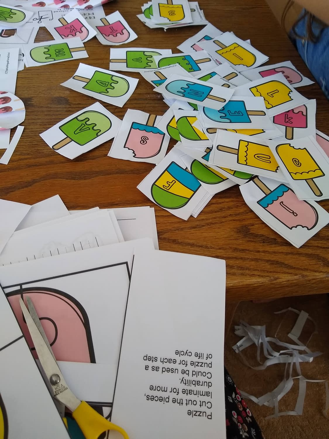 Cards for the Color the Letter or Shape